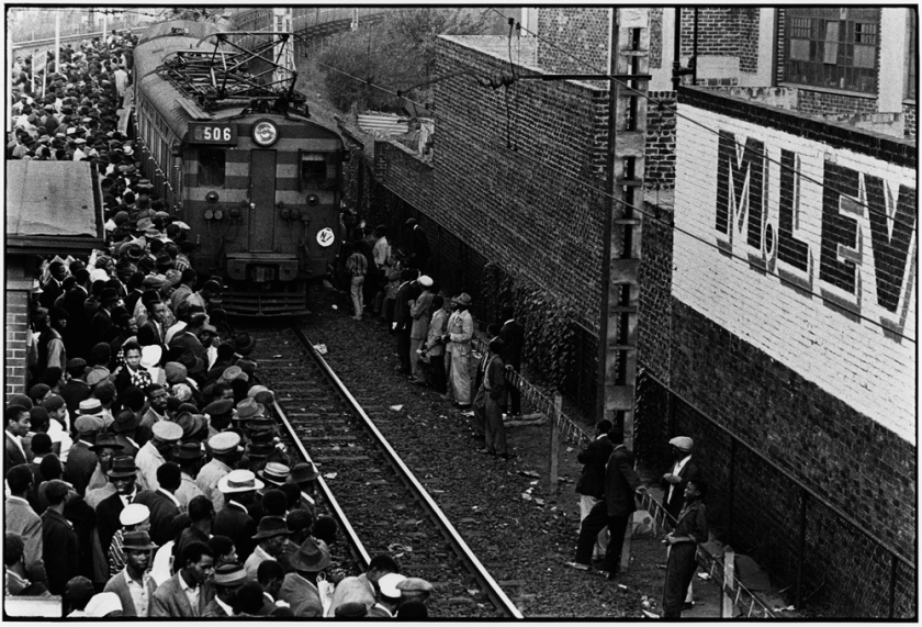 Ernest Cole, Africans throng Johannesburg station platform during late afternoon rush., 1960–1966; © The Ernest Cole Family Trust
