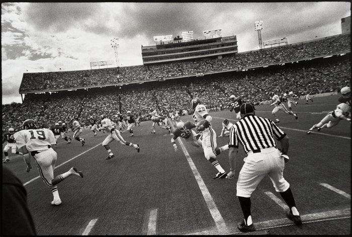 Garry Winogrand. Austin, 1974.