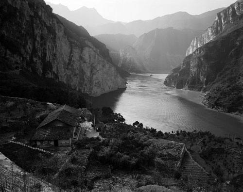Linda Butler, Yangtze Overlook, Xiling Gorge 2000