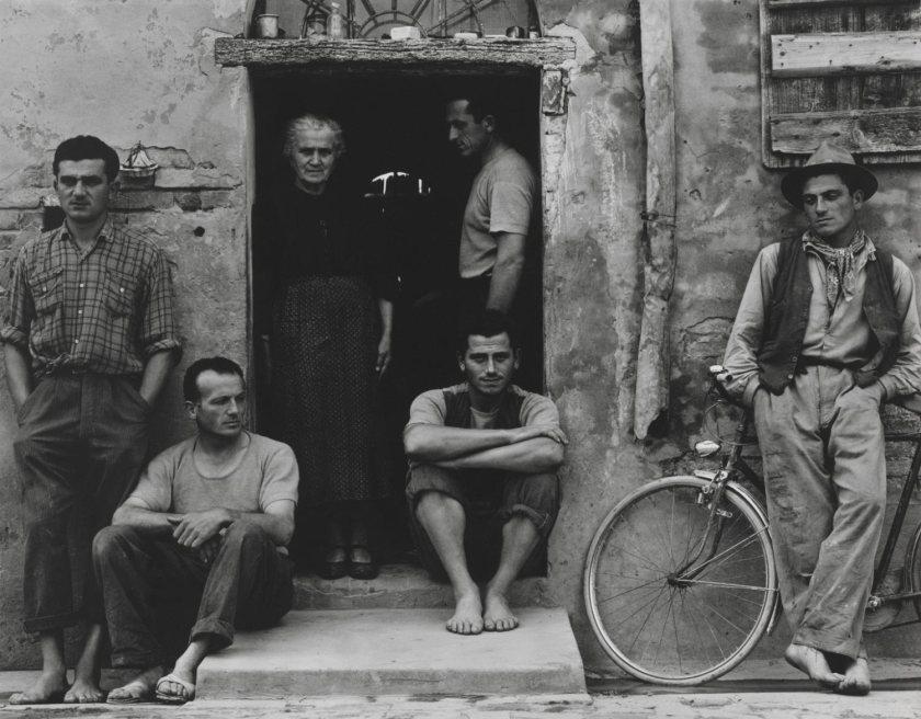 Paul Strand. The Family, Luzzara (The Lusettis)