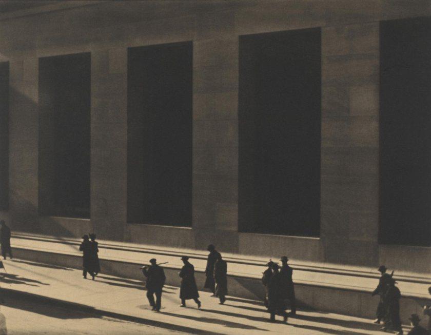Paul Strand. Wall Street, New York.