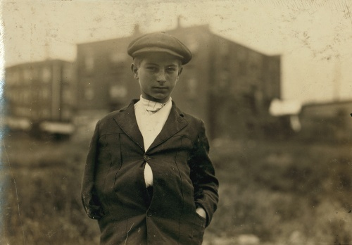 Lewis Hine, Fall River, Massachusetts, June, 1916