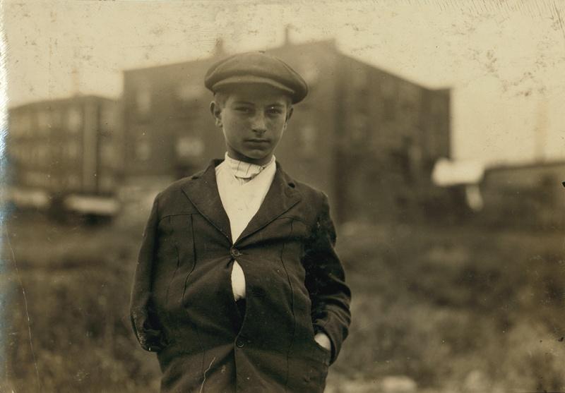Lewis Hine, Fall River, Massachusetts, June, 1916