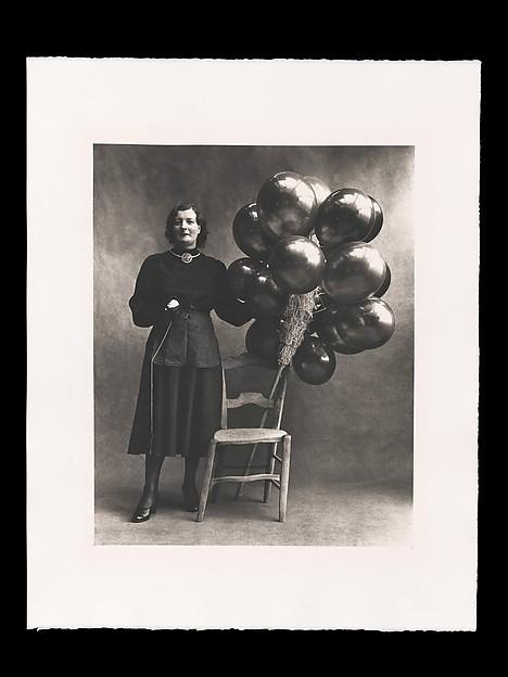 Irving Penn. Marchande de Ballons, Paris.