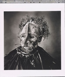 Irving Penn. Man with Pink Face, New Guinea.